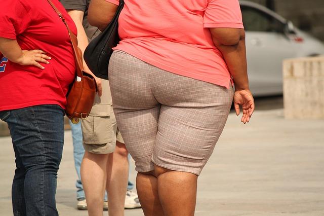 dicke frauen mit übergewicht